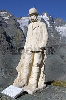 Kaiser-Franz-Josefs-Denkmal auf der Kaiser-Franz-Josefs-Höhe, Nationalpark Hohe Tauern, Tirol, Österreich, Europa