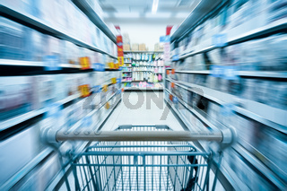 shopping cart and supermarket
