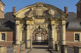 Barockschloss Ahaus, Prachtportal