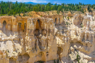 Bryce Canyon rock formations with caves