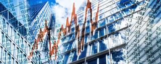 Wolkenkratzer und Finanzsymbole