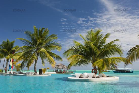 Pool der Malediveninsel Ellaidhoo