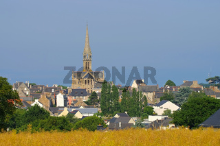 Pleneuf-Val-Andre in der Bretagne, Frankreich - the town Pleneuf-Val-Andre in Brittany, France