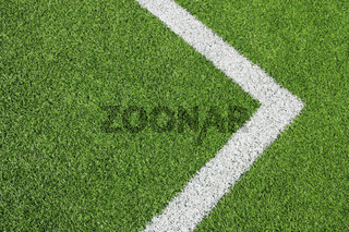 Fußballplatz Detail Rasen & Rechtspfeil
