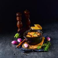 Eggplant Casserole - (Melitzanes Me Kreas Sti Katsarola)