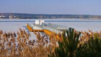 Schwimmender Steg, Lausitzer Seenland - Floating bridge in winter, Lusatian Lake District