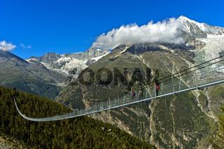 Charles Kuonen Hängebrücke,längste Fussgänger-Hängebrücke der Welt,Randa, Wallis, Schweiz