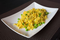 Fried curry rice with peas