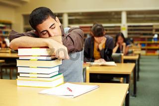 Ruhender Student