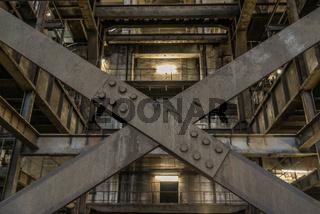 Altes Kesselhaus in einem Kohlekraftwerk