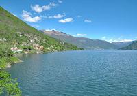 AAAACH--Blick über den Lago Maggiore Richtung Ascona.jpg