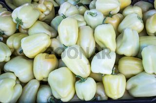 Paprika auf dem Markt, Bosnien