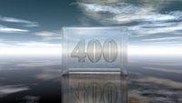 die zahl vierhundert in glaswürfel unter wolkenhimmel - 3d illustration