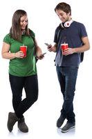 Studenten mit Handy Smartphone Ganzkörper Portrait Cola Getränk junge jung Freisteller