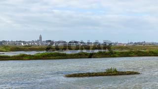 Batz-sur-Mer as seen from Guérande salt marshes