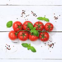 Tomaten Tomate rot Gemüse quadratisch von oben