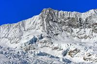 Gipfel Täschhorn im Winter
