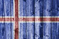 Fahne auf verwittertem Holz - Flag on weathered wood