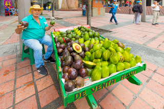 itinerant fruit vendor in Medellin