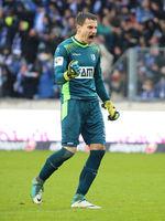Goalkeeper Jan Glinker (1.FC Magdeburg)