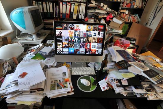 Photo Ordnung Im Buro Disordered Office Image 806370