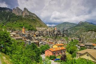 Tende in den französischen Alpen - Alpine town Tende, France Maritime Alps
