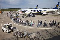 airport Frankfurt-Hahn, passangers entering a machine of Ryan Air, Germanx, Europe