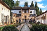 Generalife palace pool