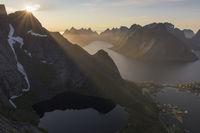 Evening mood, Kjerkfjorden, Reine, Moskenesoeya, Lofoten, Norway