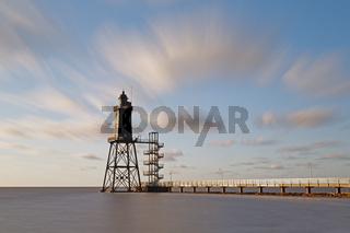 WindhunderennenLeuchtturm Obereversand beim Fischerhafen von Dorum-Neufeld, Niedersachsen, Deutschland, Europa