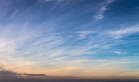 Himmel Hintergrund mit Wolken als Panorama Banner