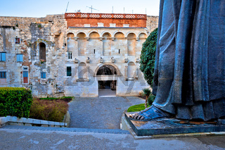 Split old town gate and Grgur Ninski statue famous thumb view