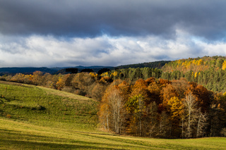 Blick über den Thüringer Wald im Herbst goldener Oktober