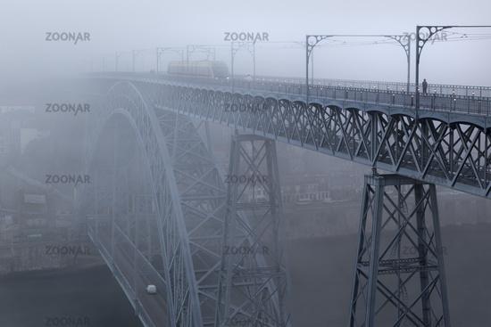 Bridge, arch bridge Ponte Dom Luis I over the Douro, with mist, Porto, Portugal, Europe