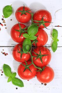 Tomaten Tomate rot Gemüse hochkant von oben
