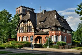 Hammerkopfturm und Bergbeamtenhaus