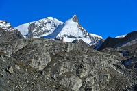 Zermatter Gipfel: v.l.n.r. Strahlhorn und Adlerhorn