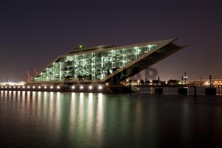 Dockland zur blauen Stunde