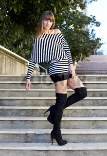 Fashion on stairs - Mode auf  der Treppe