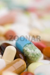 Ein Haufen Medikamente