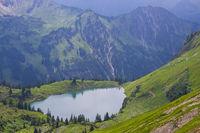 Panorama vom Zeigersattel zum Seealpsee, Allgäuer Alpen, Allgäu, Bayern, Deutschland, Europa