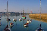 Erquy Hafen in der Bretagne, Frankreich - Erquy harbour in Brittany, France