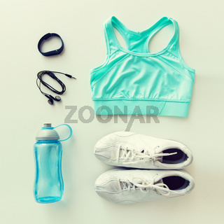 sportswear, bracelet, earphones and bottle set