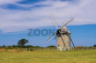 Moulin de Trouguer Windmuehle in der Bretagne  - Moulin de Trouguer windmill in Brittany, France