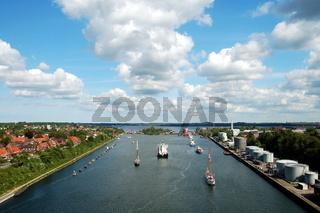 Kiel-Canal, lock at Kiel-Holtenau