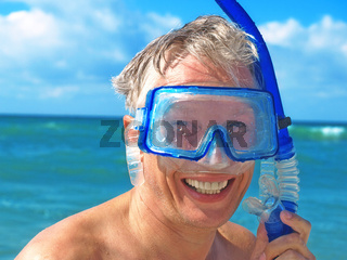 Diver wearing a mask.