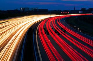 Lichtschlange von Autobahn