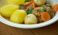 Braised beef in style Aveyron
