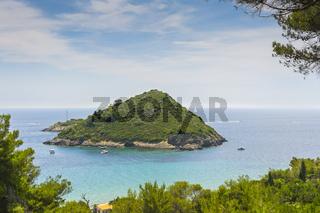 Kleine Insel in der Nähe von Isolette Porto Santo Stéfano;
