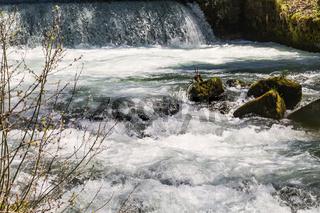 Strudelndes Wasser,  Vils, Tannheimer Tal, Tirol, Oesterreich